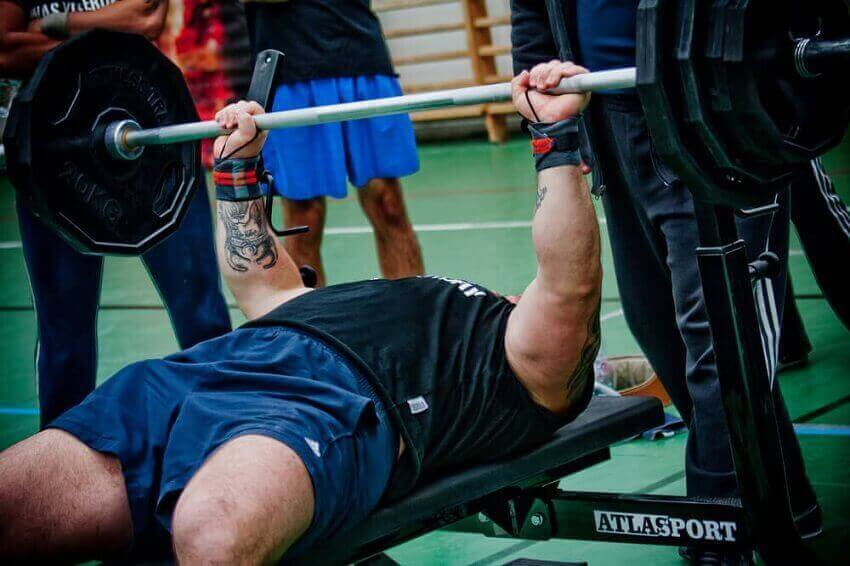 5 Bench Press Mistakes and How to Fix Them
