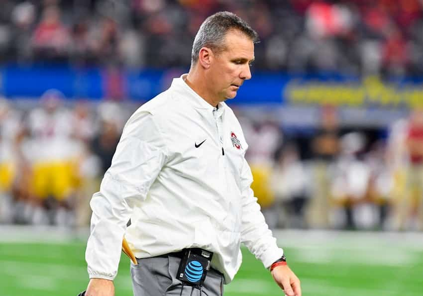 17 Lessons in Leadership from Above the Line by Urban Meyer