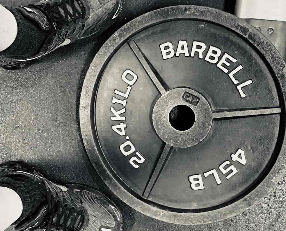 Best Cast Iron Weight Plates for Home Gyms