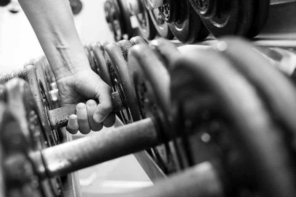 Best Cast-Iron Dumbbells for Home Gyms