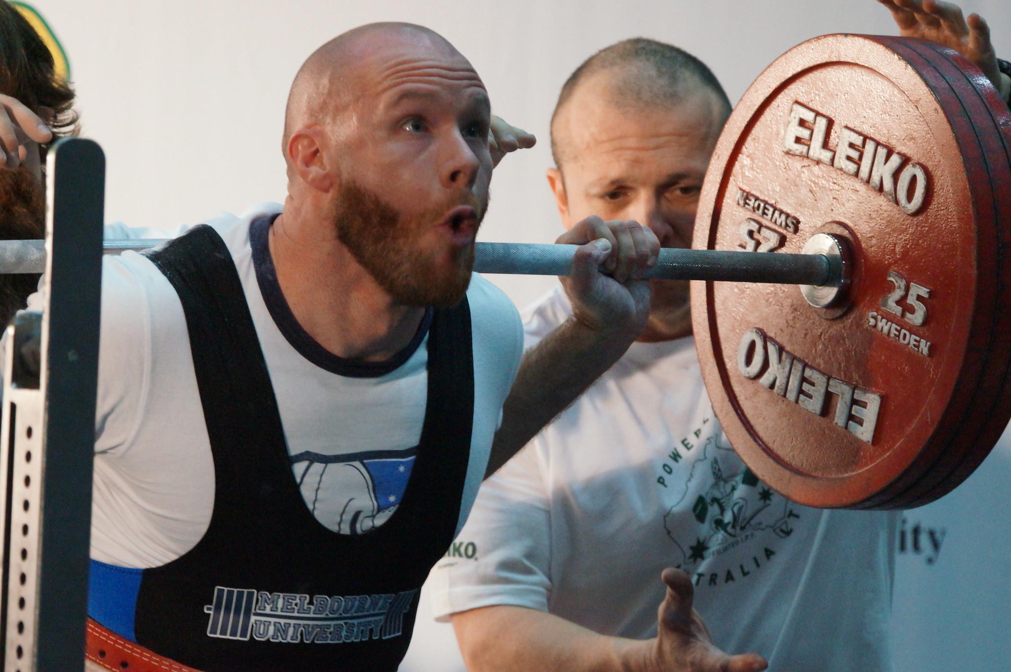 Olympic vs Powerlifting barbells